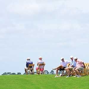Fans gather above the 18th green during U.S. Open Sectional Qualifying at Quail Valley in Vero Beach, Fla.