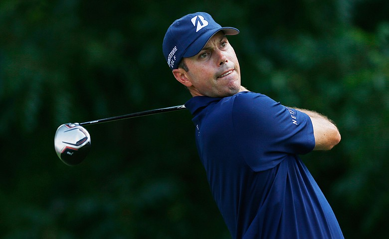 Matt Kuchar becomes the third elite athlete to sign with the Skechers Performance Division.