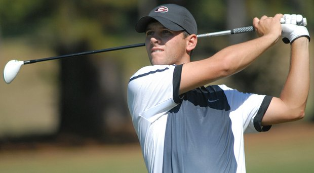 Recent Georgia graduate Michael Cromie shares the first round lead at the 2014 Sunnehanna Amateur.