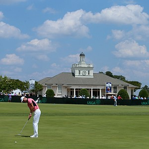 Martin Kaymer on the practice green prior to the start of Saturday's third round of the 2014 U.S. Open at Pinehurst No. 2.