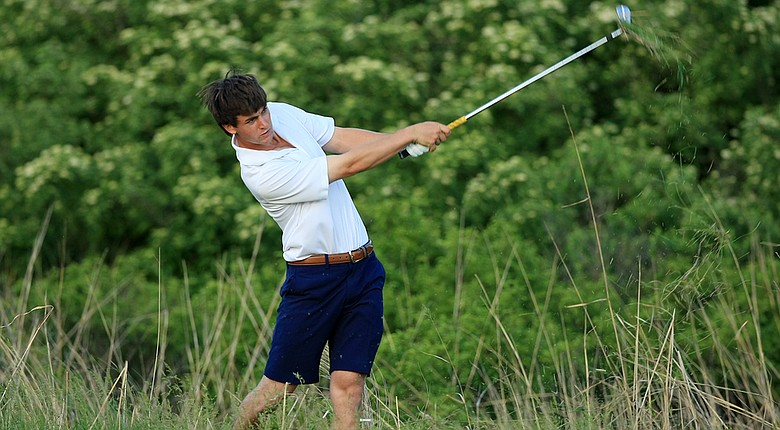 Georgia Tech's Ollie Schniederjans is the new No. 1 player in the World Amateur Golf Rankings as of June 18.