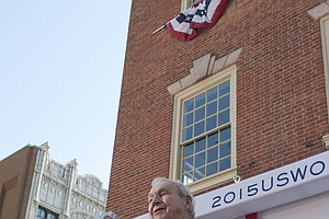 Arnold Palmer speaks to a crowd in Lancaster, Pa., host of the 2015 U.S. Women's Open.