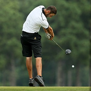 Brandon Sletmoen hits a tee shot during the 2014 U.S. Amateur at the Atlanta Athletic Club.