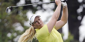 Long-hitting Lincicome leads Wegmans LPGA