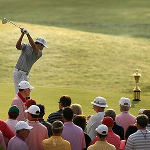 Gunn Yang hits his tee shot with the trophy just looming to the right during the finals at the 2014 U.S. Amateur at the Atlanta Athletic Club.