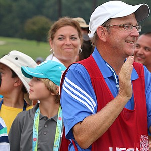 Richard Grice, caddie for Gunn Yang, during the finals at the 2014 U.S. Amateur at the Atlanta Athletic Club.