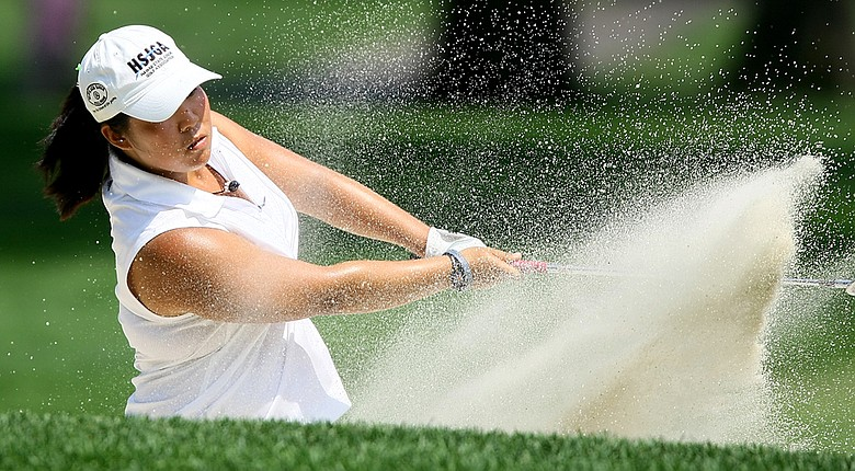 Senior Cassy Isagawa leads Oregon into the 2014-15 season.