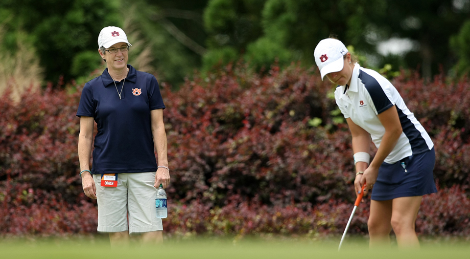 Auburn sophomore Clara Baena closed with a personal-best 6-under 66 Wednesday to capture a share of medalist honors at the