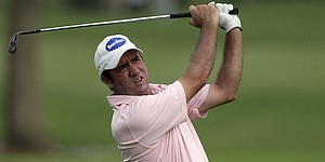 Hend wins Hong Kong Open in playoff
