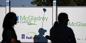 Recap: Henley posts 63 for McGladrey Classic lead