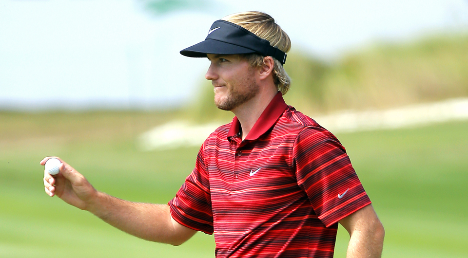 Russell Henley is rocking and rolling this week at the McGladrey Classic. He kicked off the week by jamming with country singer Darius Rucker and now leads the tournament thanks to his putting. Here are 5 Things you need to know from Friday's second round.