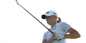 Lewis' POY lead not safe as LPGA season nears end