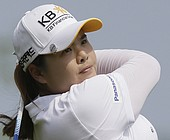 Park fires 62, builds three-shot lead in Taiwan