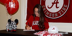 PHOTOS: Class of 2015 signings (girls)