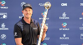 Stenson successfully defends DP title in Dubai