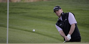 Steve Stricker back to hitting balls after December surgery