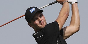 Martin Kaymer builds big lead in Abu Dhabi