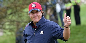 Mickelson's perfect Presidents Cup streak in jeopardy