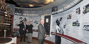 Mark O�Meara, David Graham visit World Golf Hall of Fame