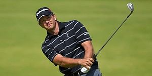 Goosen keeps Northern Trust lead as he eyes 1st Tour title since 2009