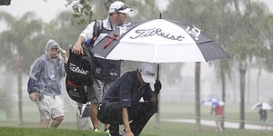 Wild weather punishes Honda Classic field at PGA National