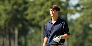 Pro career on horizon, Schniederjans focuses on strong NCAA finish