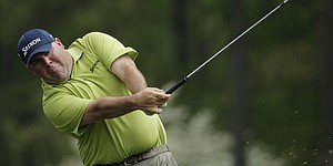 Stadler returns for Masters but can't find his game