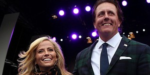 """Amy Mickelson reminds Phil to """"bring home some crystal"""" from Masters"""