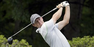 Rory McIlroy shoots 61, takes lead at Wells Fargo Championship
