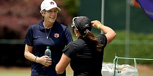 Kim Evans steps down as Auburn women's golf coach