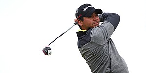 With vertigo issues in back of mind, Day opens British Open with 66