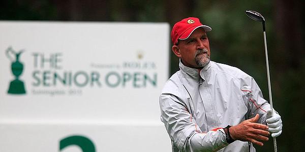 Dawson fends off Langer for Senior British Open title