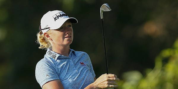 Lewis tracks down clubs in wild ride ahead of Women's British Open