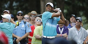 Recap: Tiger Woods stumbles to 74 at Quicken Loans National