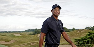 Recap: Tiger Woods opens with 75 at PGA Championship