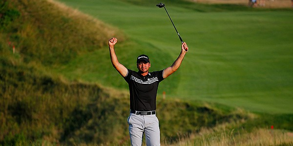 Emotions flow as Day breaks through with PGA title