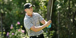 Jake Knapp turns pro, makes debut at Sony Open qualifier