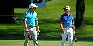 VIDEO: Spieth, Fowler tee it up at Baltusrol after missing Barclays cut