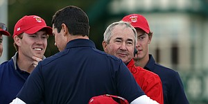 U.S. buoyed by comebacks but trails at Walker Cup, 7-5