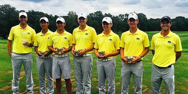 Iowa closes out victory at Spirit Hollow; Knoll shares medal