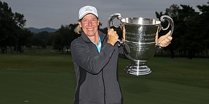 Garcia staves off comeback, wins U.S. Senior Women's Amateur title