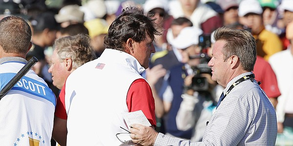Miceli: Plenty of shared blame in Mickelson ball fiasco