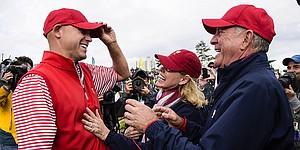 U.S. wins dramatic Presidents Cup