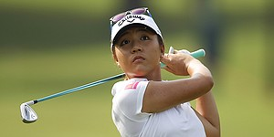 Lydia Ko two back of Kerr at CME Championship despite putting woes