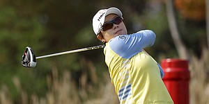 Sei Young Kim slips up, Eun Hee Ji takes advantage at JTBC Founders Cup