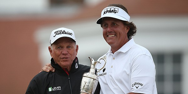 Phil Mickelson splits with longtime swing coach Butch Harmon