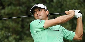 Kisner shines light atop leaderboard of HSBC Champions