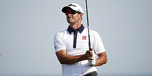 Adam Scott shares Australian Masters lead despite late freefall