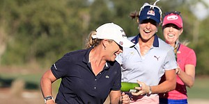 Cristie Kerr shows mom's got it, too, in Tour Championship win