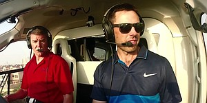 VIDEO: European Tour golfer Charl Schwartzel pilots helicopter in Dubai